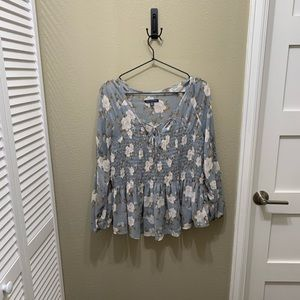 American eagle outfitters blue floral blouse